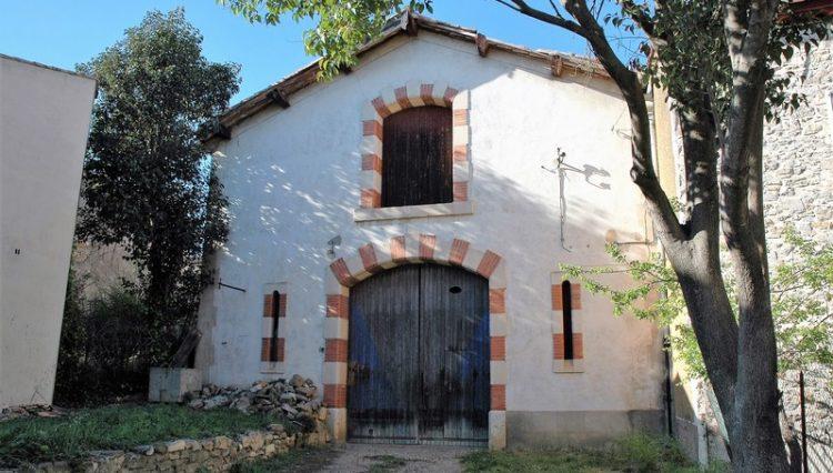 3-barn-in-Ginestas