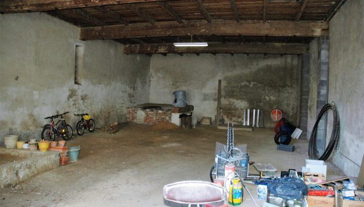 6-barn-in-Ginestas