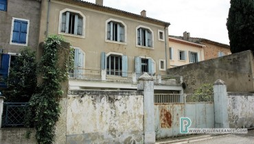 1-House-for-sale-in-Cruzy