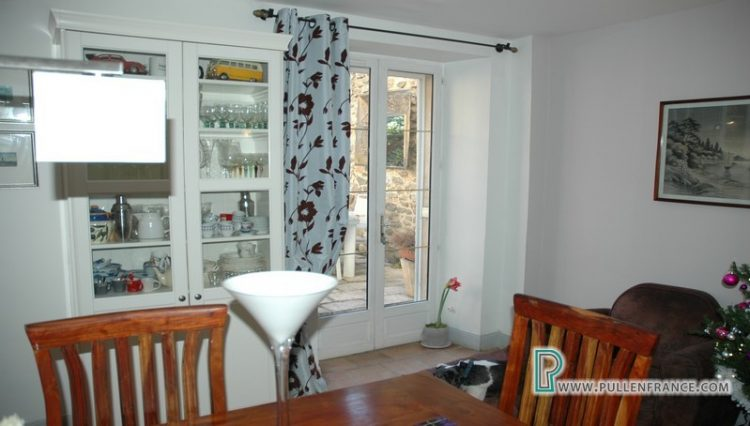 house-for-sale-in-olonzac-11