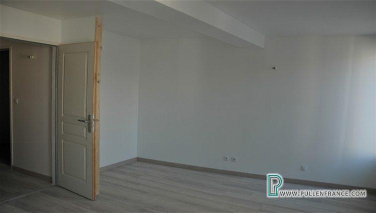 house-for-sale-quarante-13