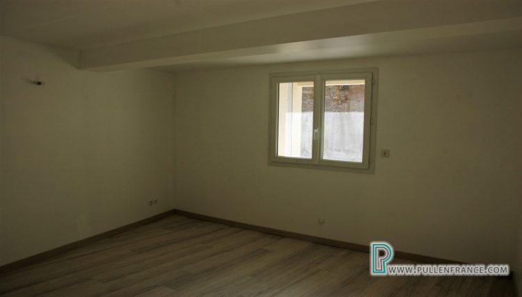 house-for-sale-quarante-9