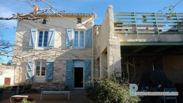 house-for-sale-vinassan-1