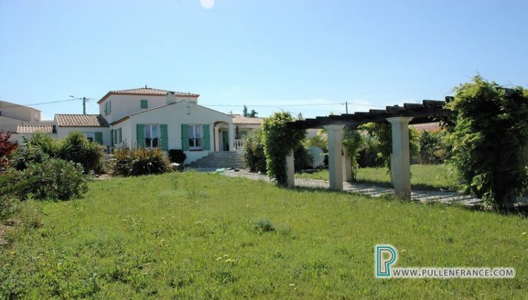 house-for-sale-corbieres-france-11