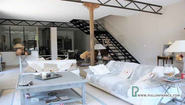 barn-conversion-for-sale_bages-10