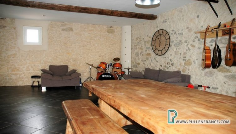 barn-for-sale-argeliers-6