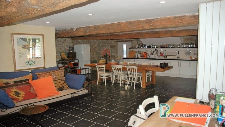 house-for-sale-canl-du-midi-11