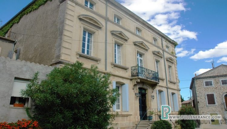 manor-for-sale-ginestas-france-2