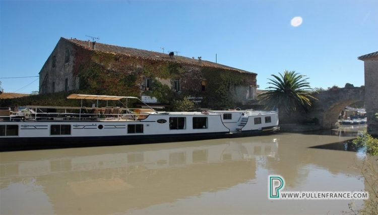 luxury-home-canal-du-midi-42