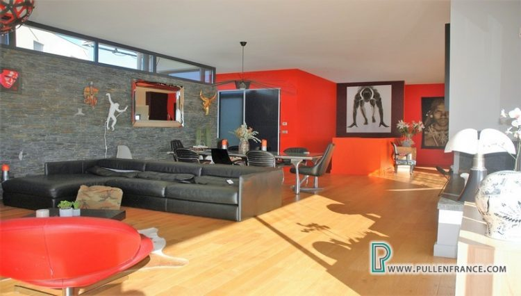 contemporary-home-for-sale-narbonne-14