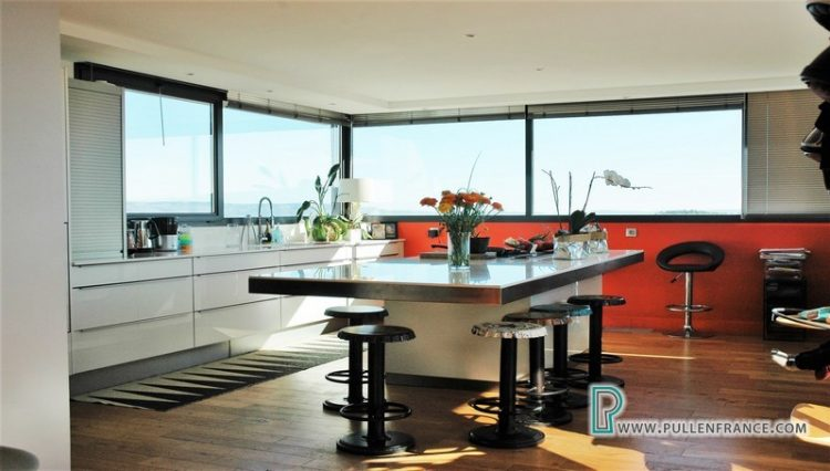 contemporary-home-for-sale-narbonne-15