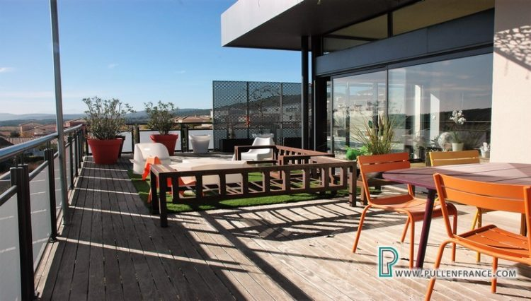 contemporary-home-for-sale-narbonne-8