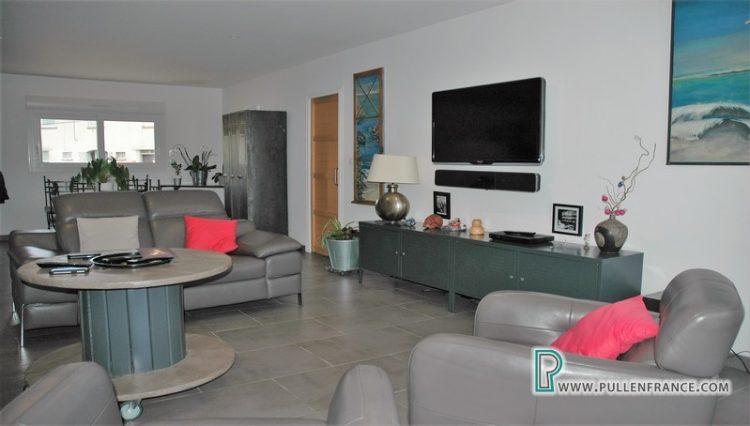 villa-for-sale-argeliers-15