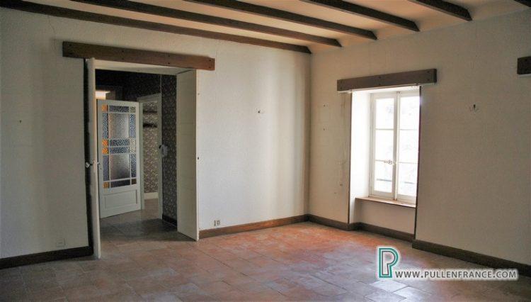 large-house-for-sale-minervois-20