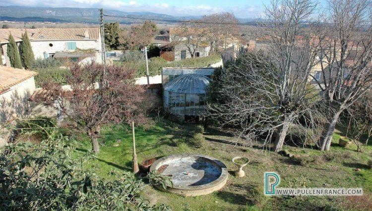 large-house-for-sale-minervois-23