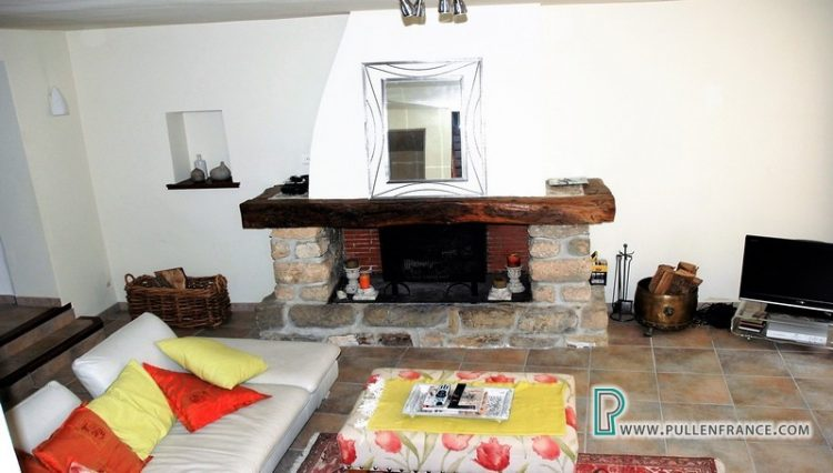 house-for-sale-bize-minervois-12