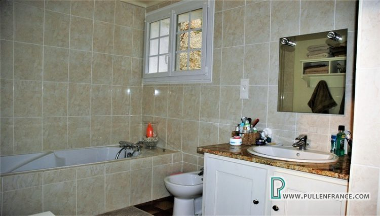 house-for-sale-bize-minervois-21