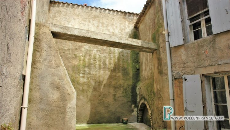 house-for-sale-ginestas-minervois-26