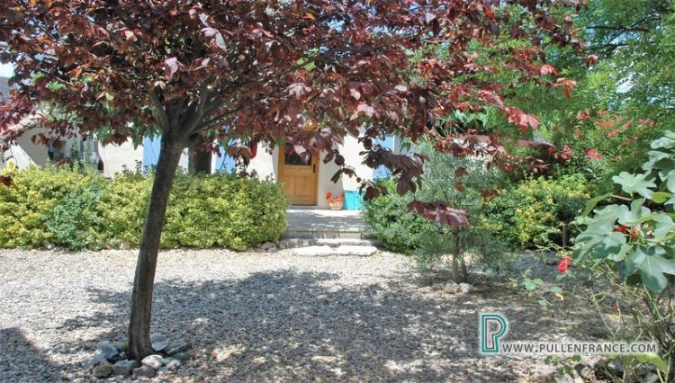 villa-for-sale-bize-minervois-17