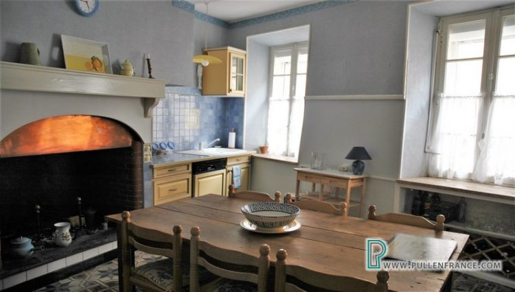 house-for-sale-pepieux-france-12