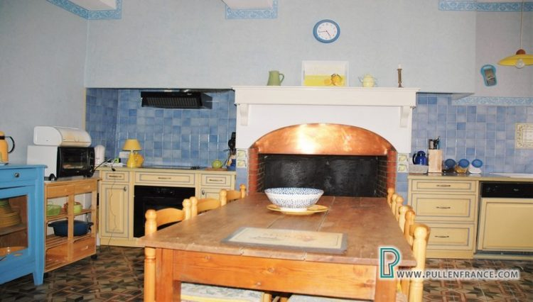 house-for-sale-pepieux-france-13