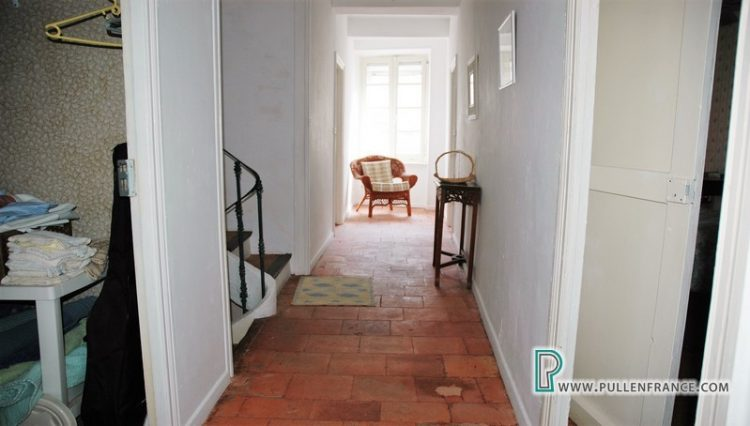 house-for-sale-pepieux-france-15