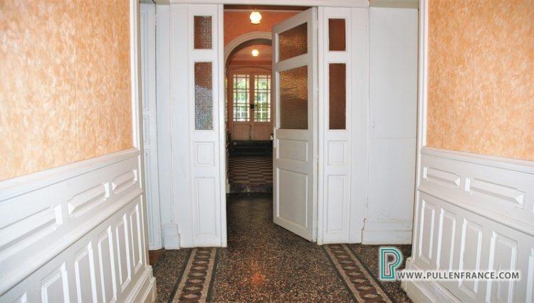 house-for-sale-near-mediterranean-coast-10