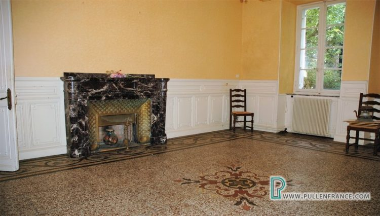 house-for-sale-near-mediterranean-coast-12