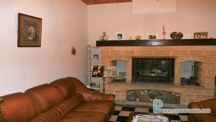 house-for-sale-near-mediterranean-coast-17