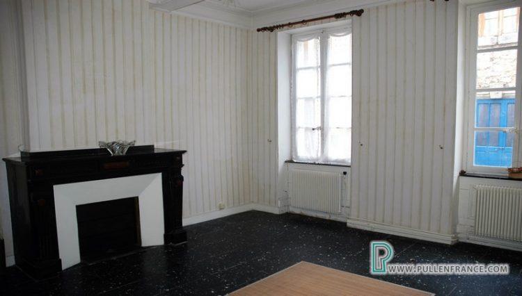 house-for-sale-near-mediterranean-coast-18