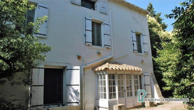 house-for-sale-near-mediterranean-coast-3