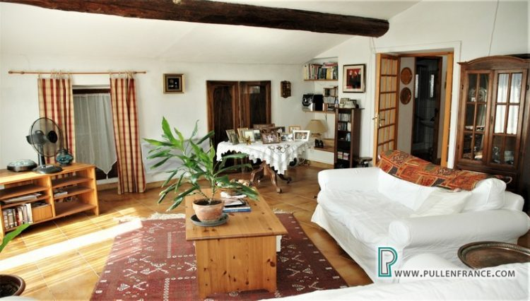 house-for-sale-bize-minervois-18