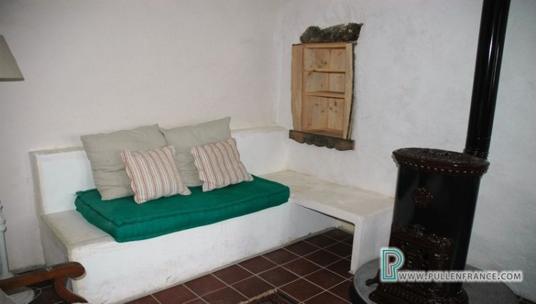village-house-for-sale-autignac-10