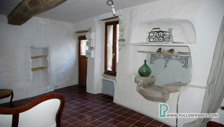 village-house-for-sale-autignac-11