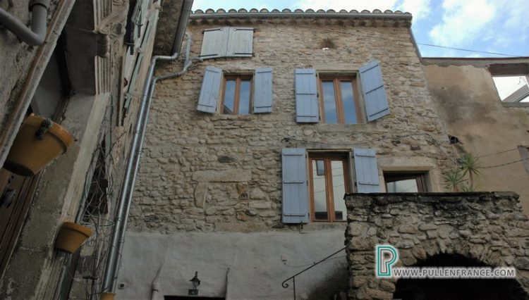 village-house-for-sale-autignac-2