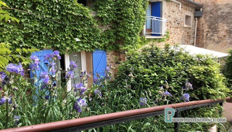 country-house-for-sale-france-3