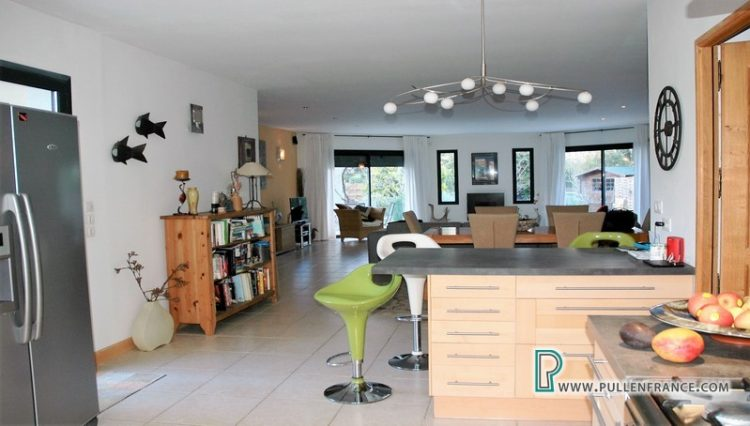 villa-for-sale-south-of-france-16