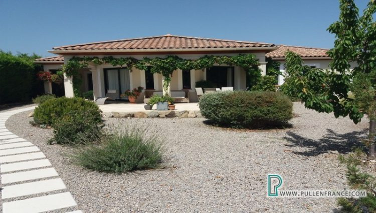 villa-for-sale-south-of-france-2