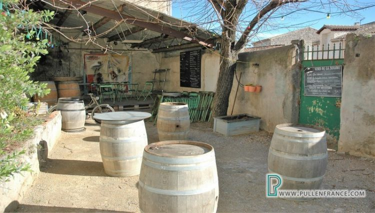 bar-for-sale-ginestas-5
