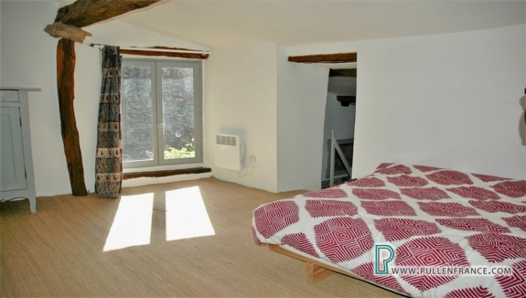house-for-sale-azillanet-16