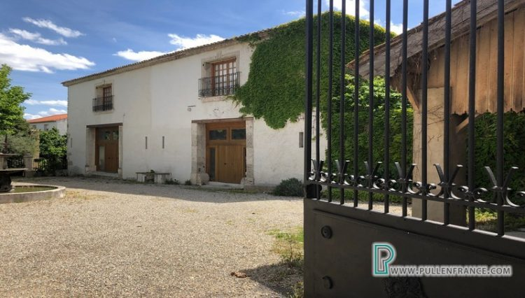 narbonne-area-luxury-property-for-sale-3