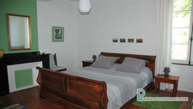 house-for-sale-salleles-daude-17