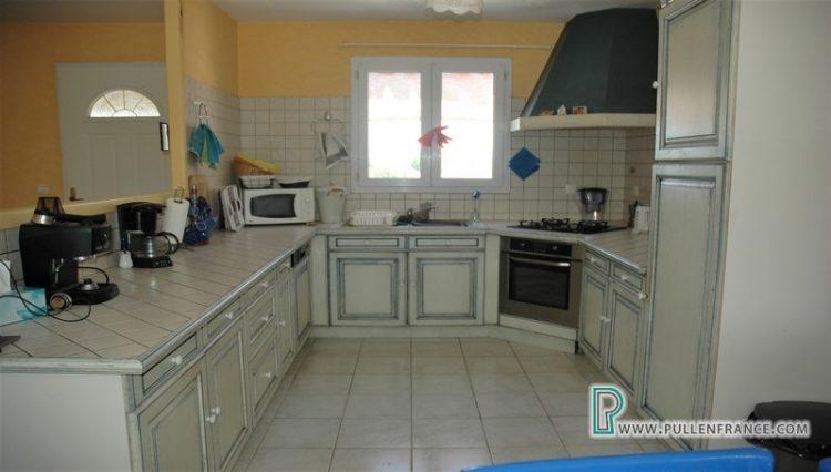 villa-a-vendre-nevian-11