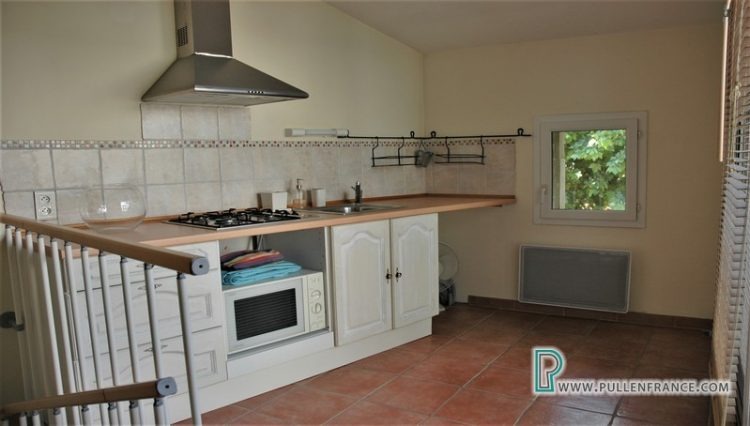 village-house-for-sale-bizanet-18