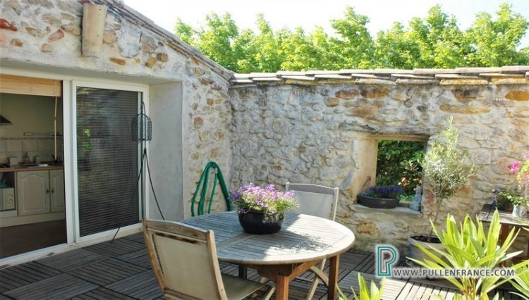 village-house-for-sale-bizanet-19