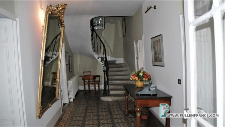 luxury-home-for-sale-narbonne-12