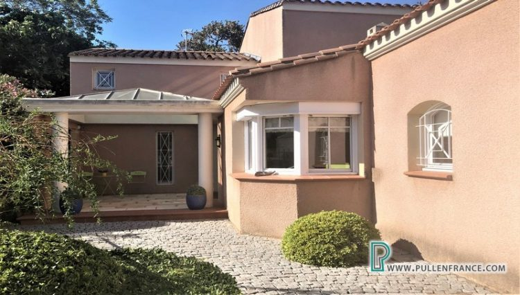 luxury-villa-for-sale-narbonne-10