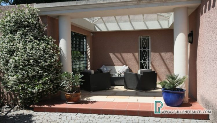 luxury-villa-for-sale-narbonne-11