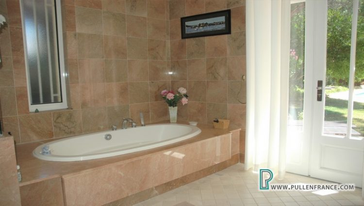 luxury-villa-for-sale-narbonne-24