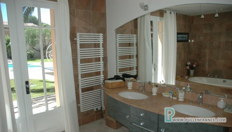 luxury-villa-for-sale-narbonne-25